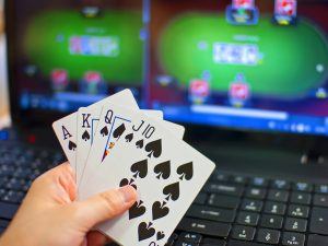 make a living online gambling
