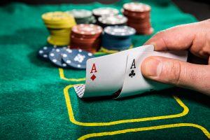 online poker domino